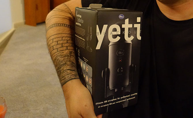 Blue Yeti Blackout Microphone in Box